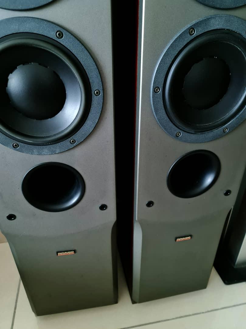 Dynaudio Audience 72 SE Floorstand Speakers + Other Items Dynaud50