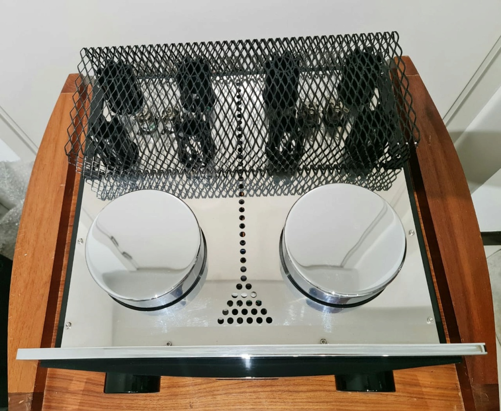 Einstein Audio 'The Absolute Tune' Integrated Amplifier Einste12