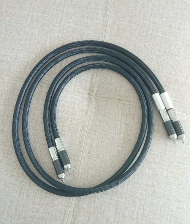 Furutech Lineflux RCA High-End Interconnect Cable 1.2M Pr F115