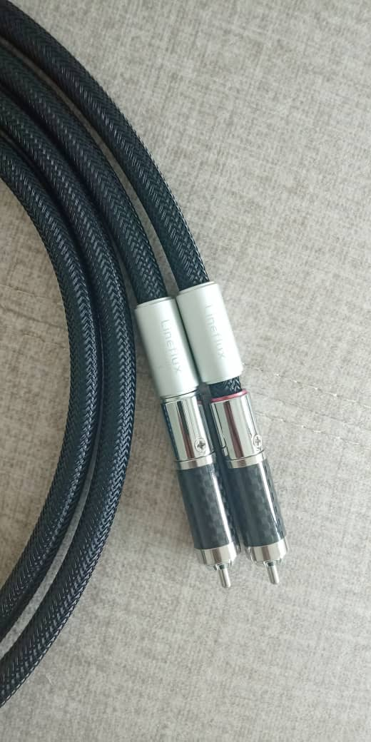 Furutech Lineflux RCA High-End Interconnect Cable 1.2M Pr F215