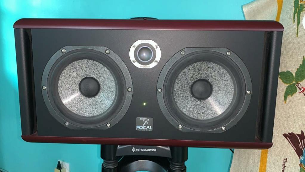 Focal Twin6 Be 6.5 inch 3-way Powered Studio Monitor (2 x 150W) Focal110