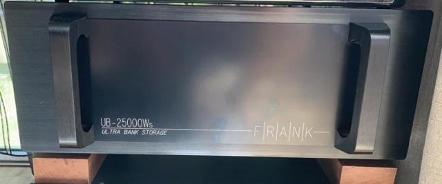 Frank Acoustics Ultra Bank UB-25000Ws Power Conditioner Frank310