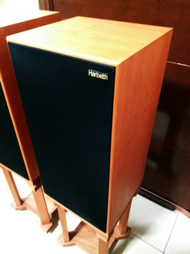 Harbeth Super HL5+ Plus  Speakers with Custom-Made Stands H319
