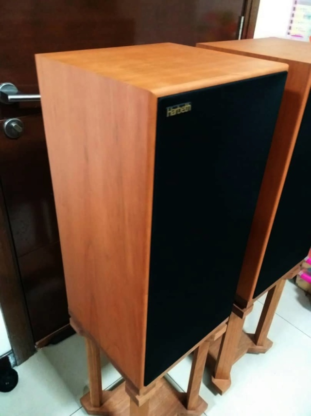 Harbeth Super HL5+ Plus  Speakers with Custom-Made Stands H413