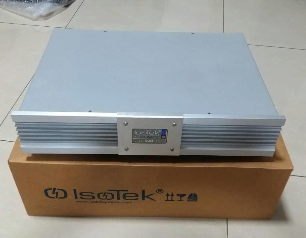 IsoTek EVO3 Aquarius AC Line Conditioner Iso110