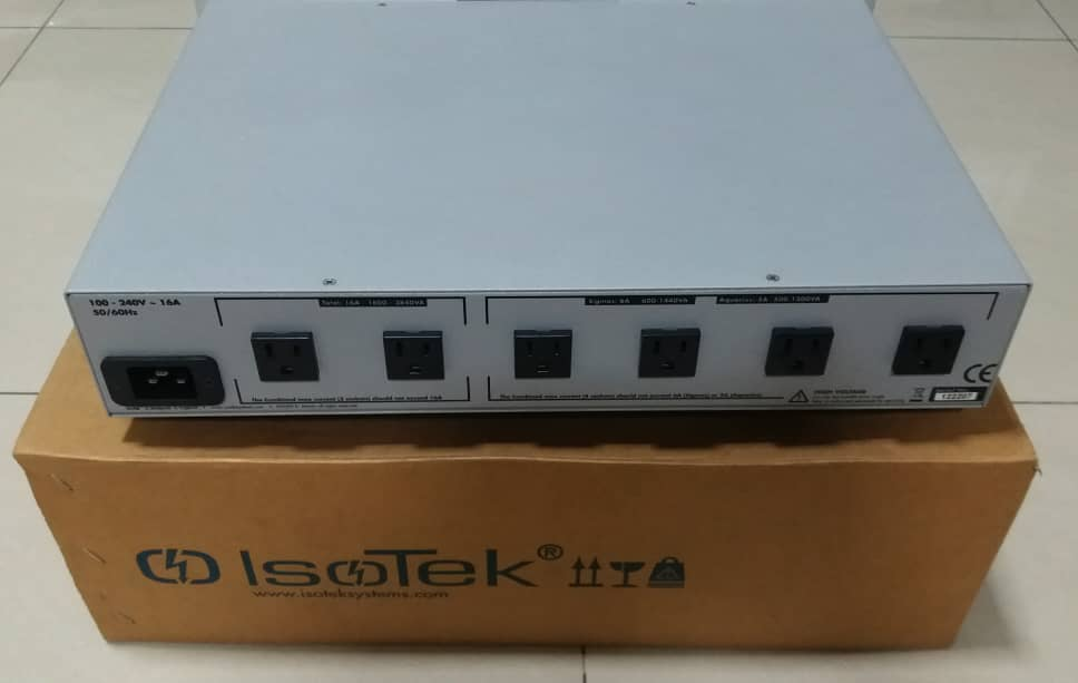 IsoTek EVO3 Aquarius AC Line Conditioner Iso210