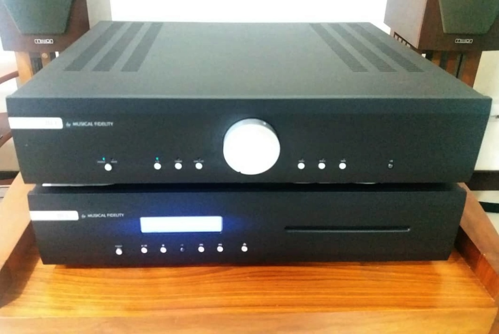 Musical Fidelity M3i Integrated Amplifier  Mf410