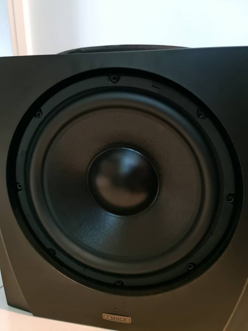 Holfi Integrated,Onkyo TX-NR828 7.2-channel, Mission MS-800 Subwoofer   Missio23