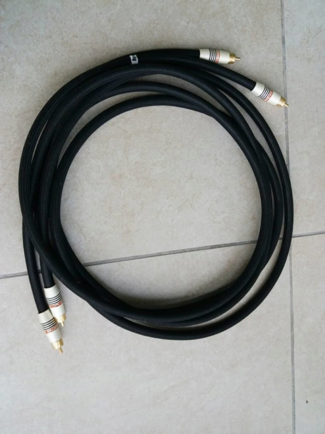 Monster Cable MSB1000SW Subwoofer cable - 2m and 4m Monste10