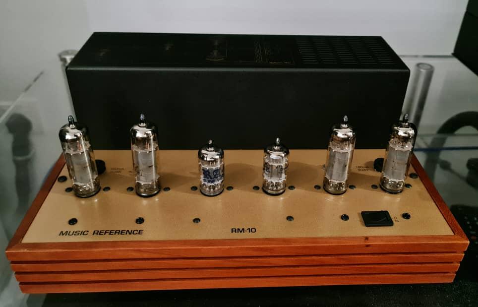 Roger Modjeski's Music Reference RM-10 Stereo Tube Power Amplifier Mr10a10