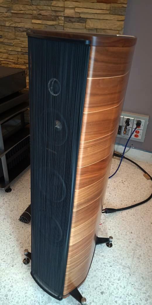 Sonus Faber Olympica III Floorstanding Speaker Olympi11