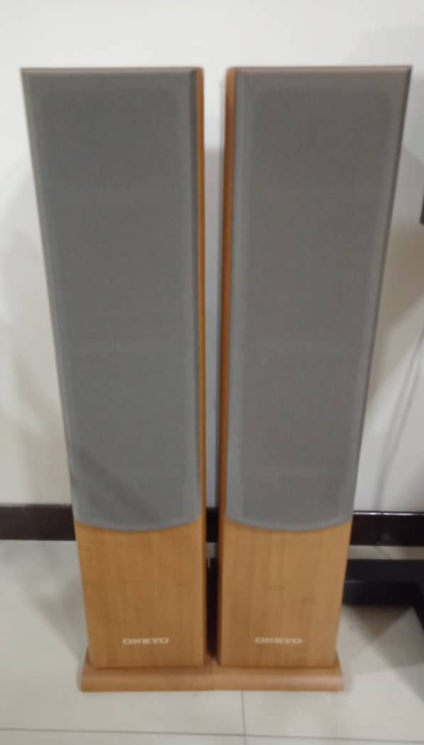 Onkyo Floorstand Speaker Model SKF 101 Onkyo110