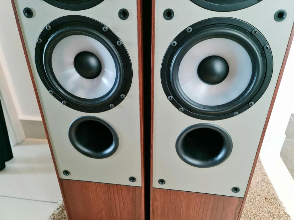 Paradigm Monitor 7 Floorstand Speakers (Made In Canada) Paradi14