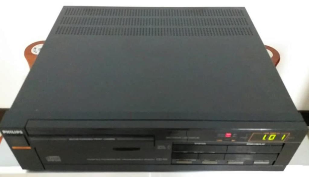 Philips CD151 CD Player TDA1540. Made in Belgium Philip11