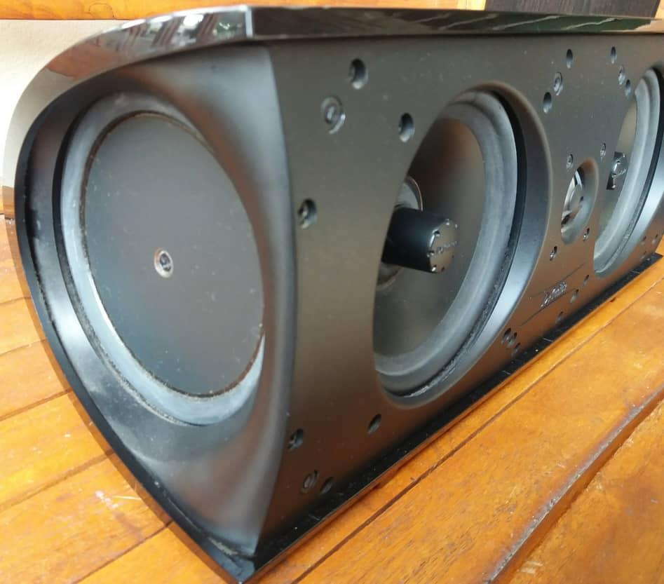 Definitive Technology ProCenter 2000 Centre Speaker Pro311