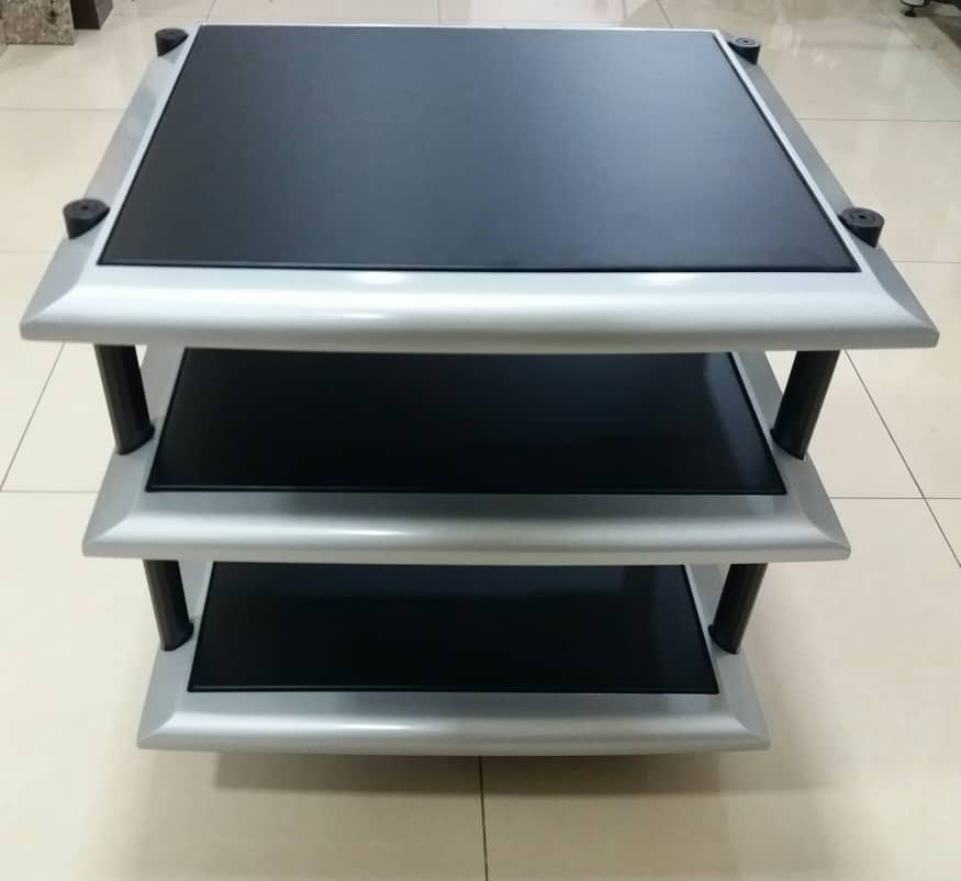High Quality Hifi Racking - 3 tier R112
