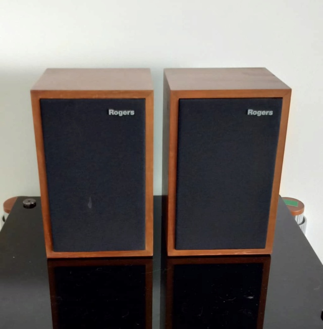 Rogers LS3/5A Monitor Speakers R114