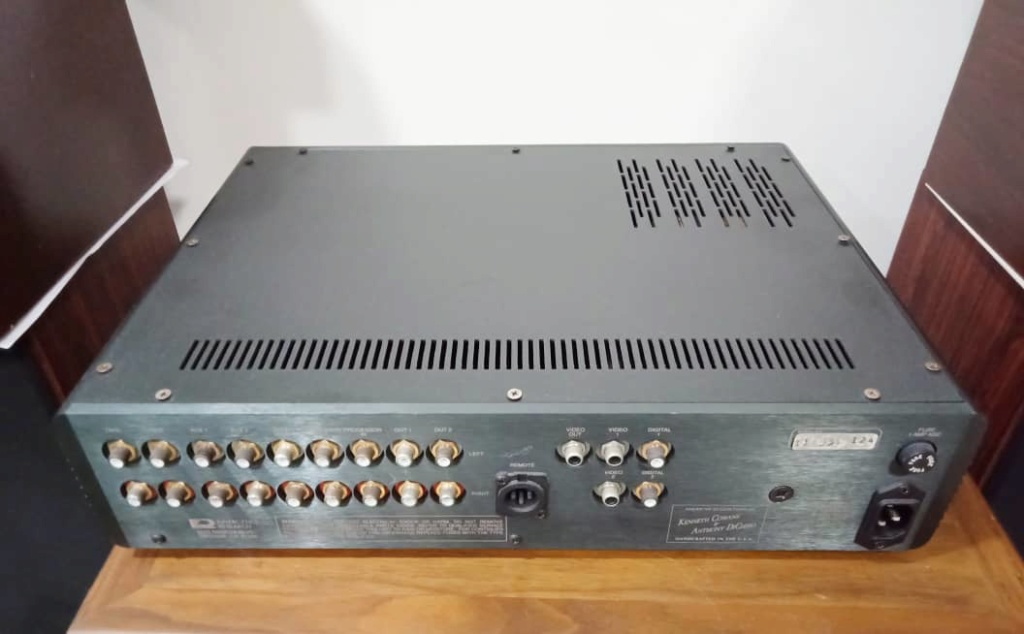 Kinergetics Research KDP-100 Platinum Series Preamplifier w/ Built in DAC S511