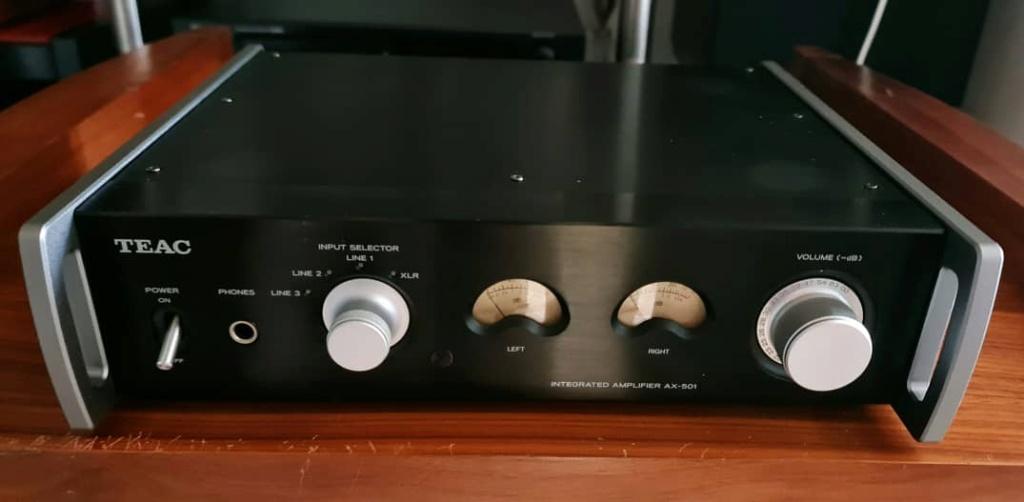 Teac AX-501 Integrated Amplifier with Balanced Analogue Inputs (Black) Teac5010