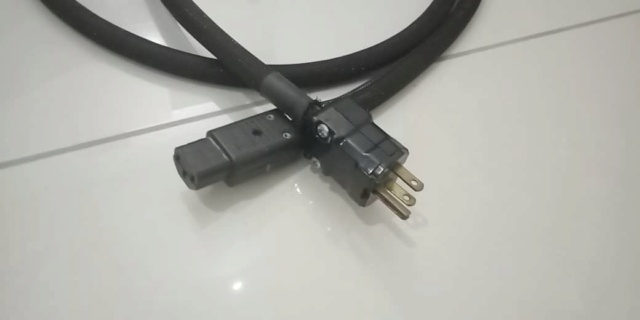 Transparent Powerlink Power Cable - 1.8m Transp11