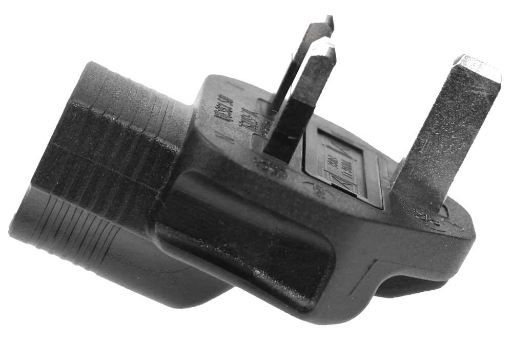 USA-UK 3 Prong Plug Adapter with Correct Phase Polarity Uk410