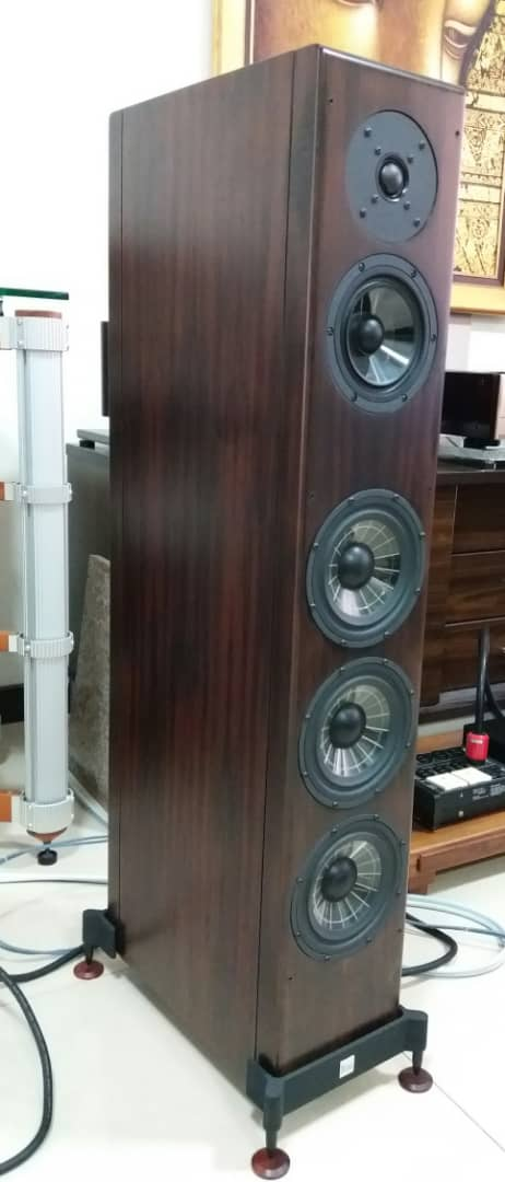 Vienna Acoustics Beethoven Concert Grand Speakers -Premium Rosewood Veneer Finishes  V111