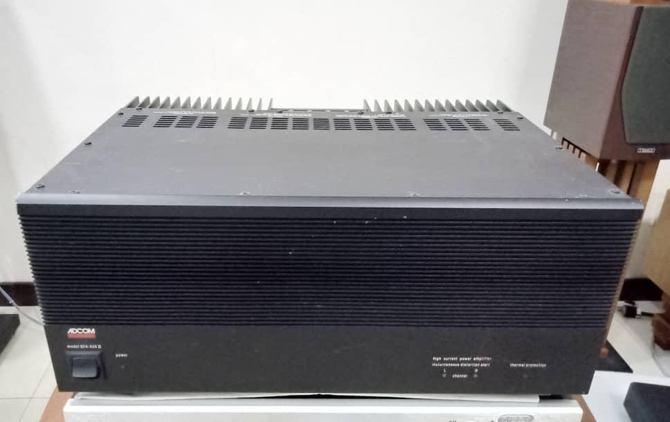 Adcom GFA-555 II power amplifier  X128