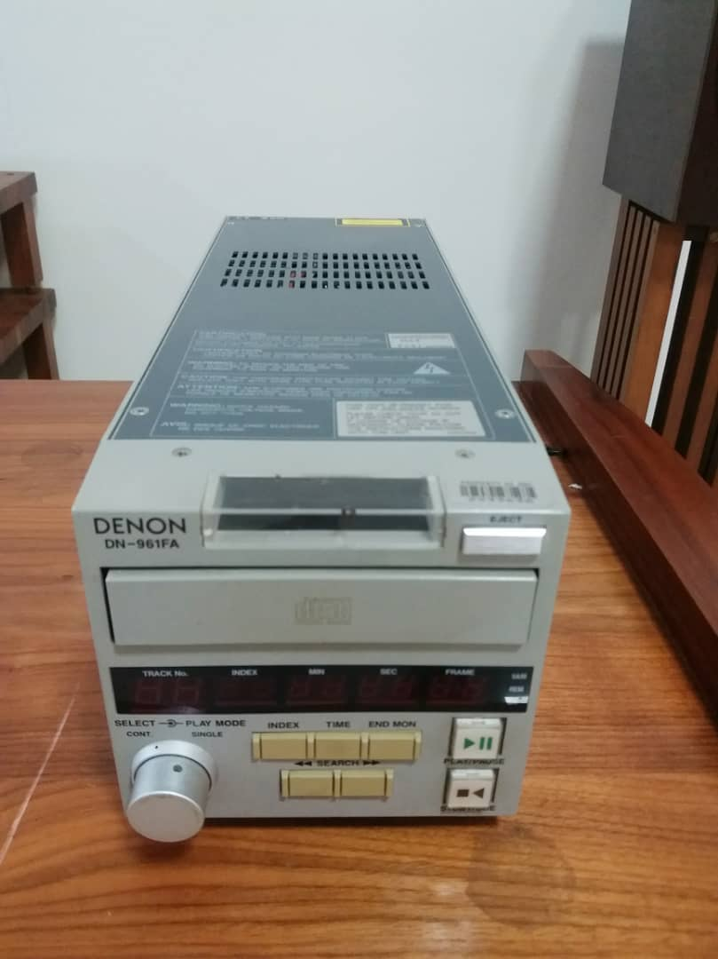 Denon-DN-961FA- Professional Boardcast CD Player X149