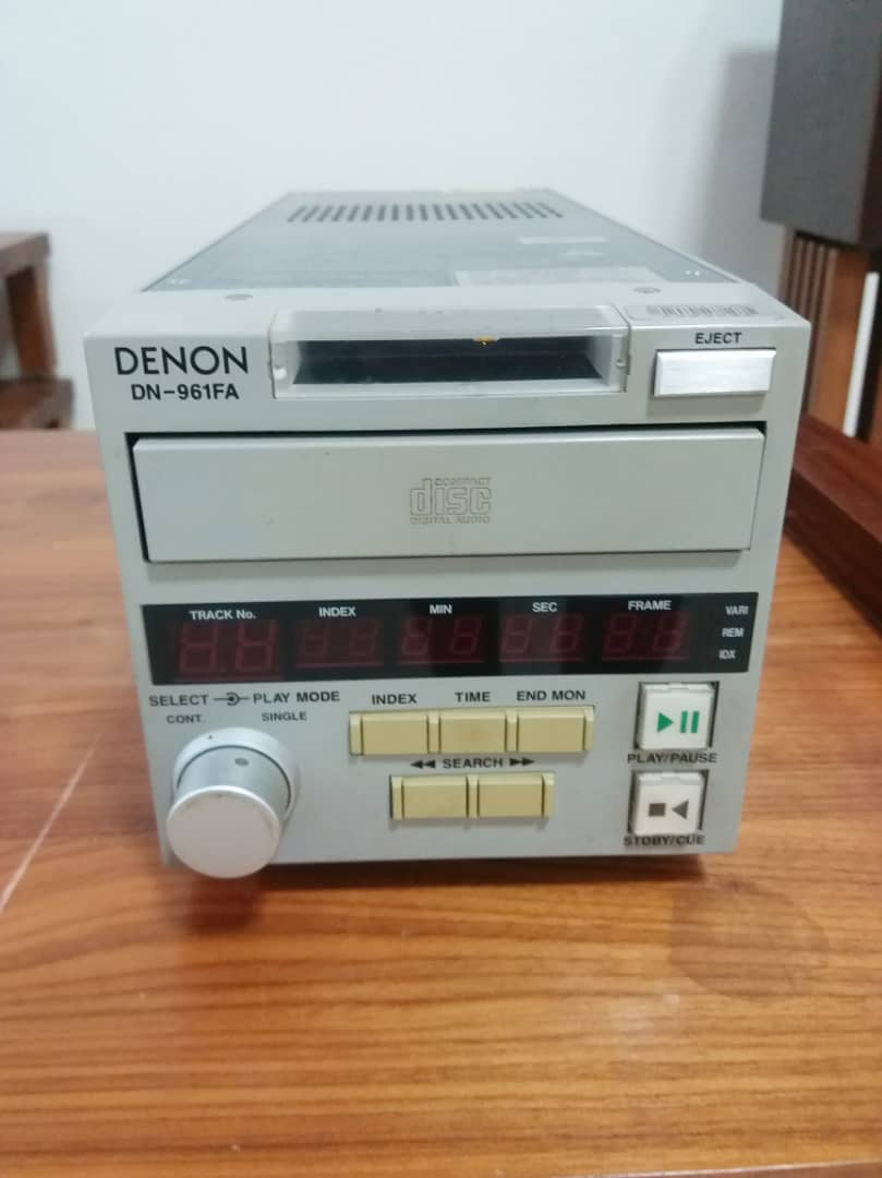 Denon-DN-961FA- Professional Boardcast CD Player X246