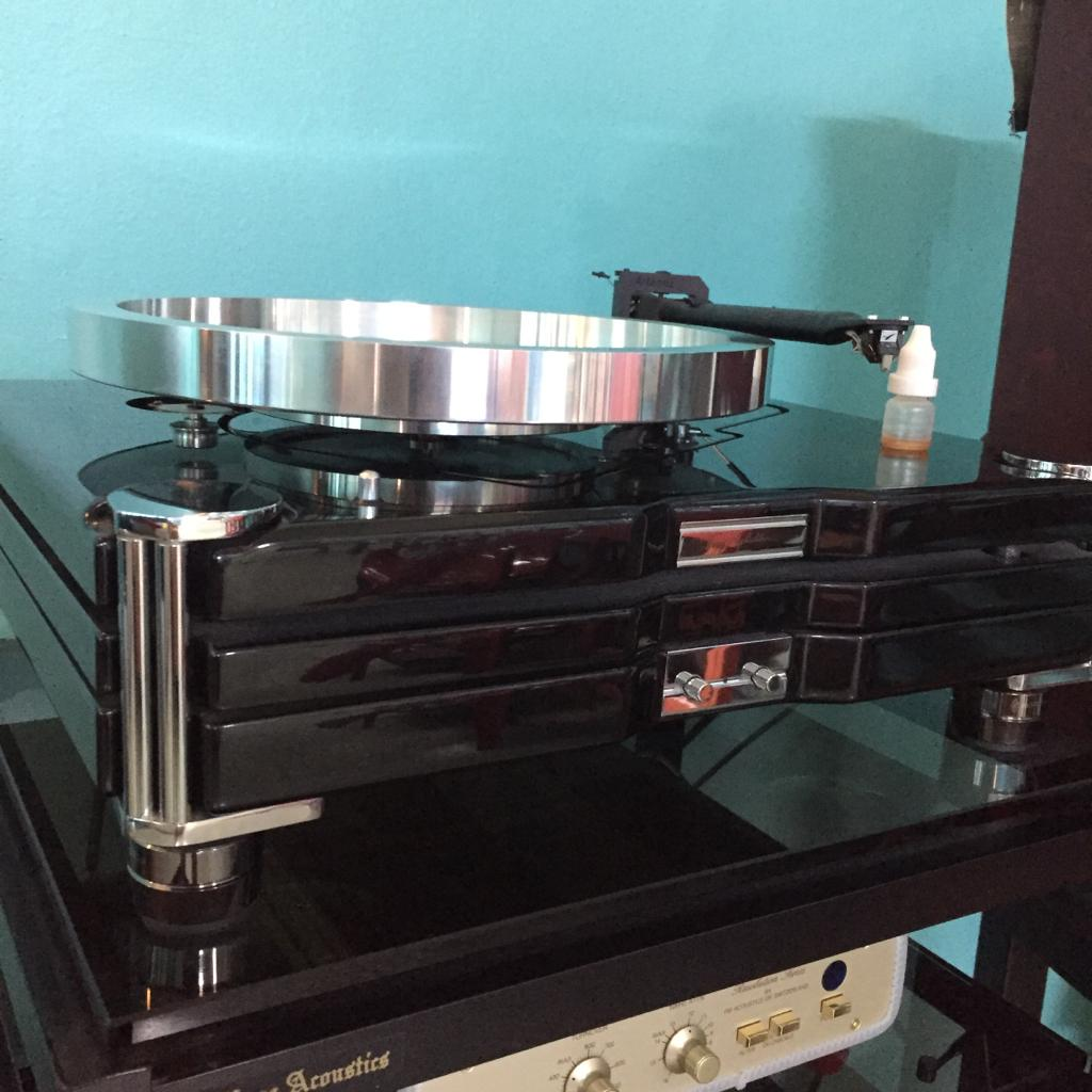 Roksan TMS3 Turntable With Roksan Caspian Power Supply X615