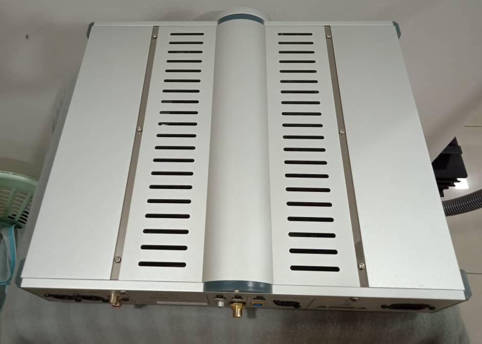 B.M.C PureDAC MK2 Version DAC-Preamp X710