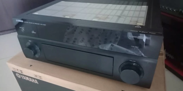 Yamaha RX-V1067 AV Receiver 7.1 3D Ready Home Cinema AV Receiver with HD Audio Y411