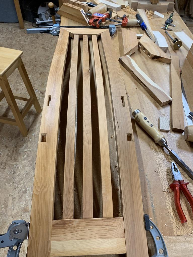 Des chaises en lamellé collé - Page 6 Img_1418