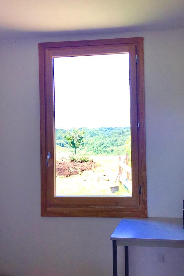 La fenêtre du bureau - Page 4 Img_6313