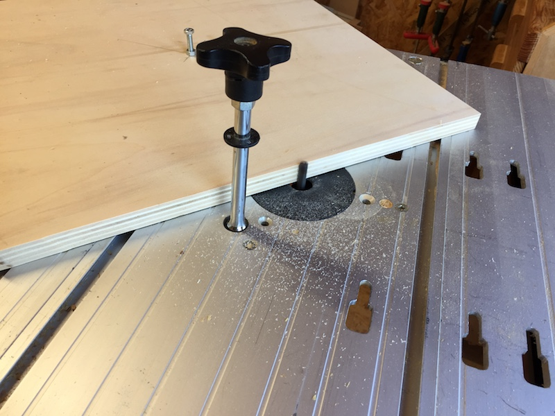 Comment découper un rond à la def sous table Img_7317