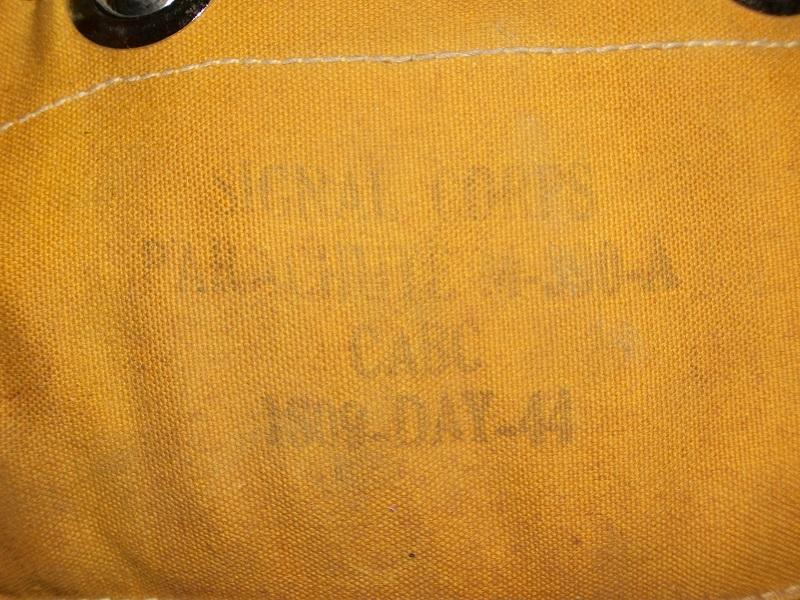 Petit parachute M-390-A 00816