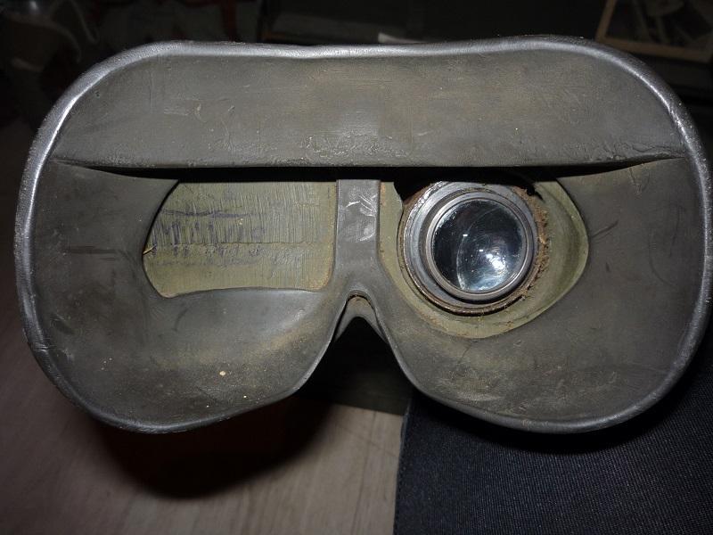 détecteur de mines et télescope de tir P1030934