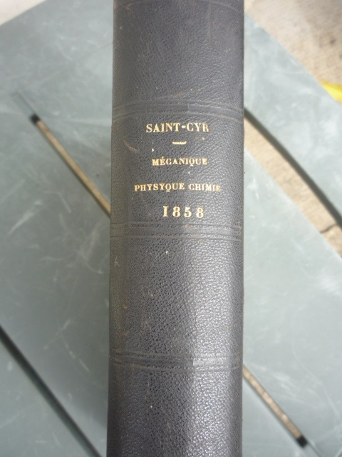 Un ancien livre de cours P1040358