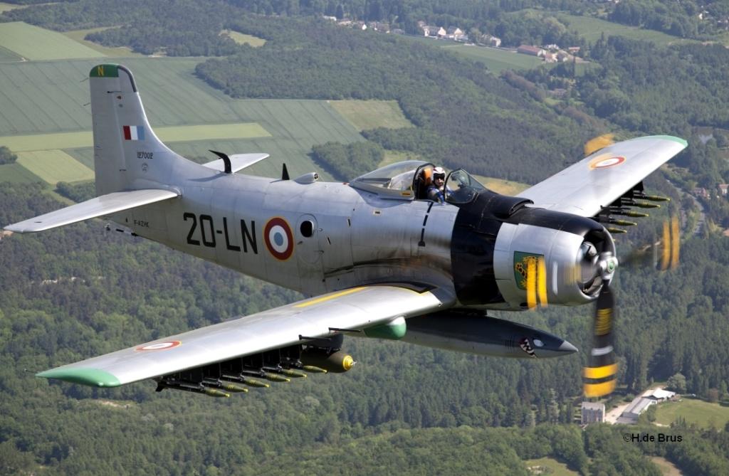 Mannequin pilote de Skyraiders au Tchad Skyrai10