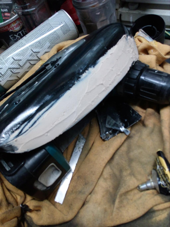 Deflecteur / extracteur de chaleur moteur + ventilo sur Road King 1584  - Page 2 Img_2097