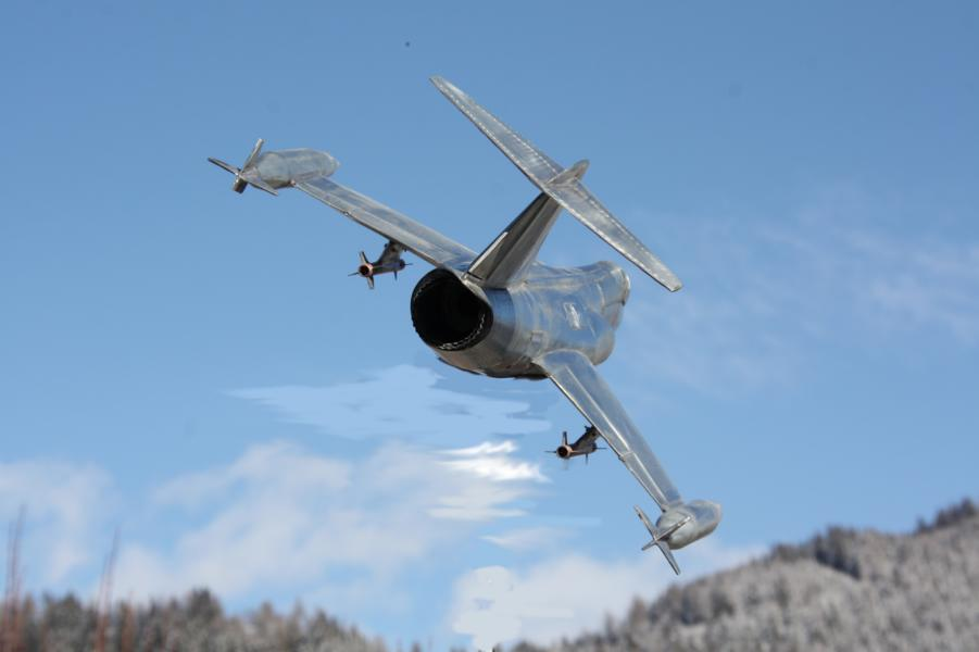 Metallflugzeugmodell F-104 Starfighter in 1/16,5 K800_i46