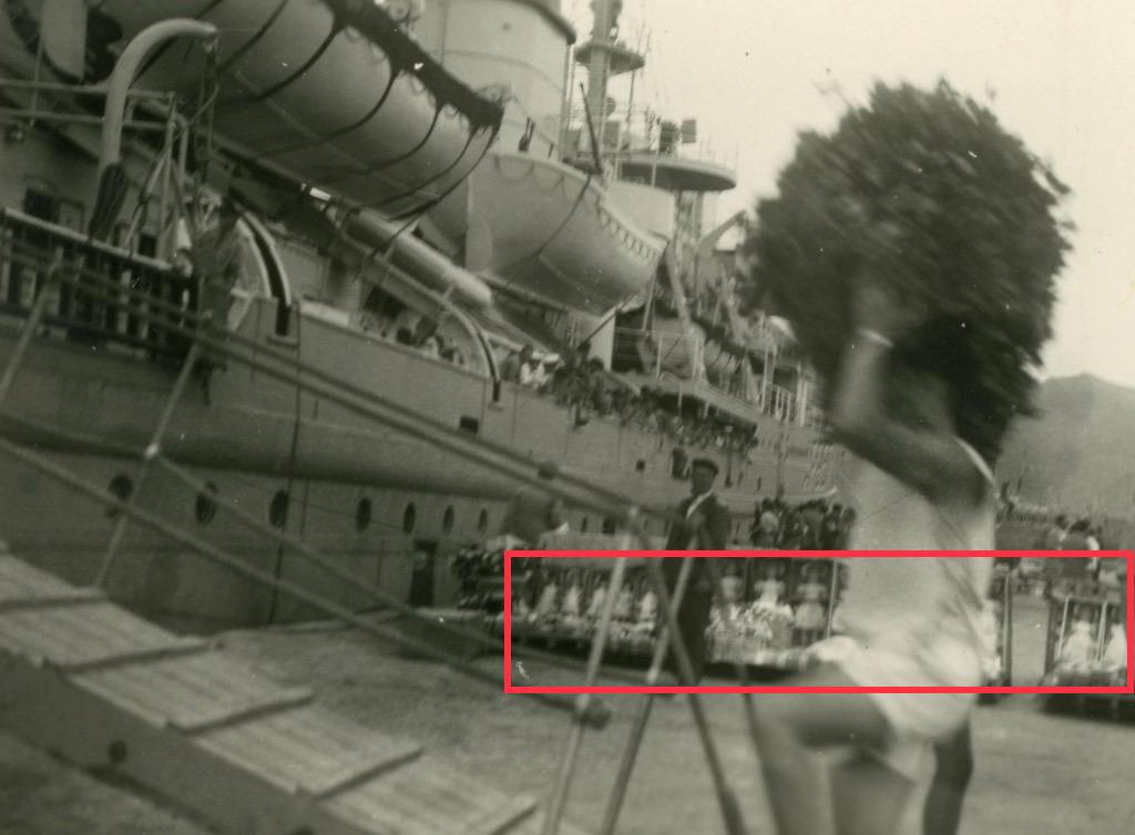 Photos du Kamina 8/8 au 22/09/57 Transport de troupes  3badf610