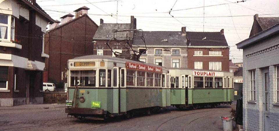 Les trams (dans le sujet phares en mer et à terre) Stic-c10
