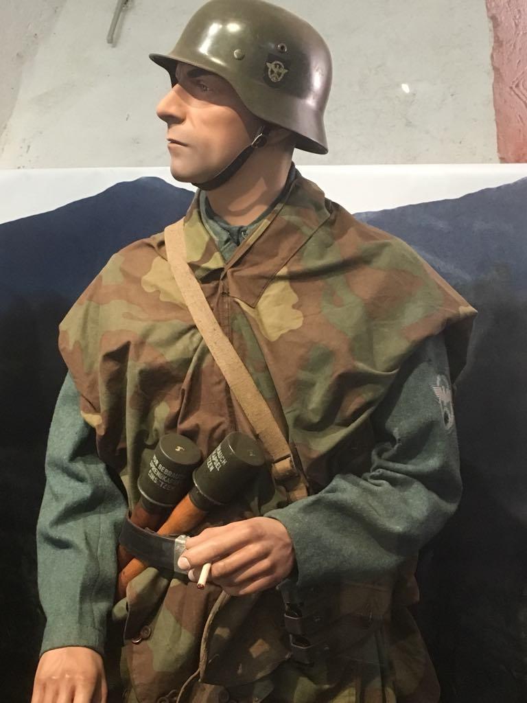 Musée mémorial des combats de la poche de Colmar ( Turchkeim , Haut Rhin / Alsace ) - Page 2 Receiv11