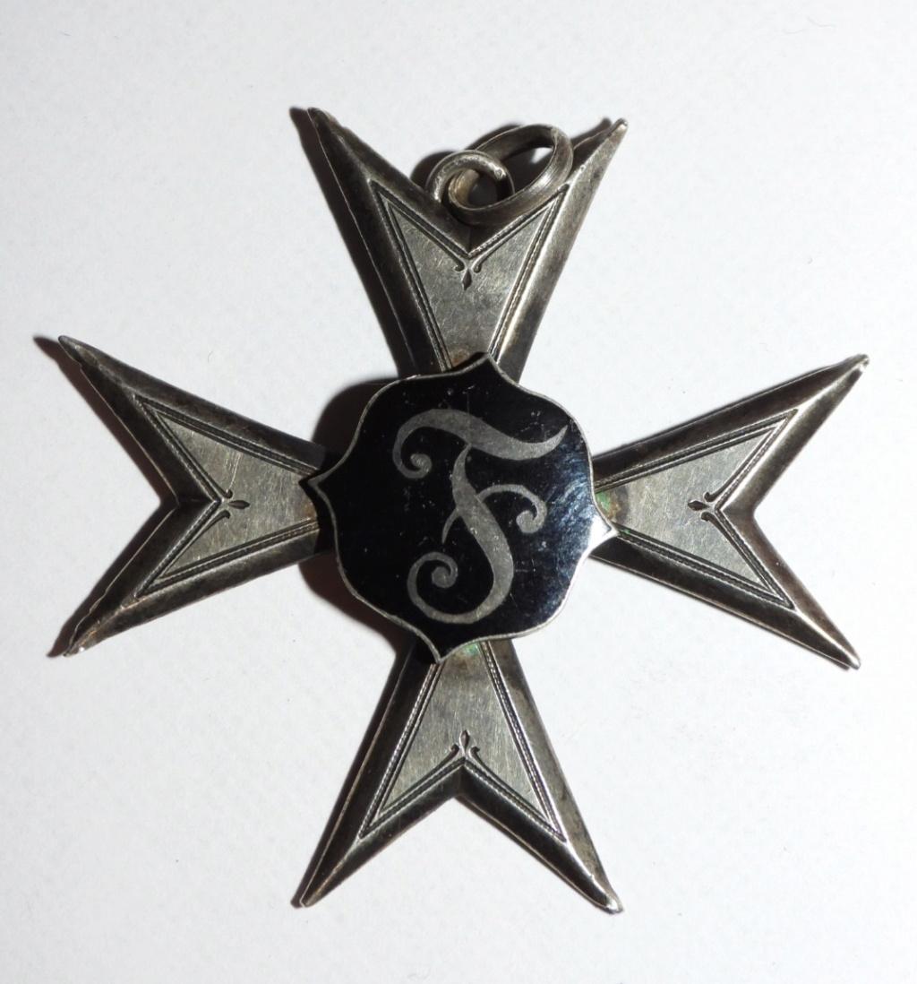 médaille inconnue pour moi Dscn1924