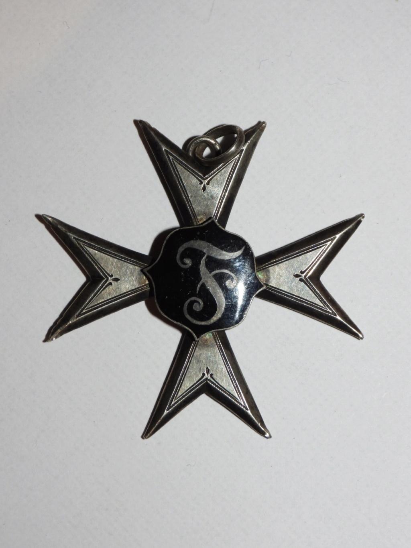 médaille inconnue pour moi Dscn1925