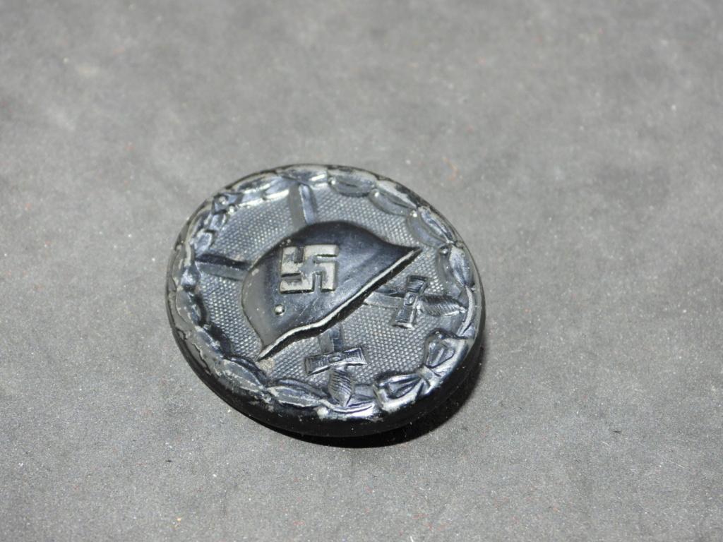 Estimation badge des blessés noir 1939, double marquage fabricant. Dscn2012