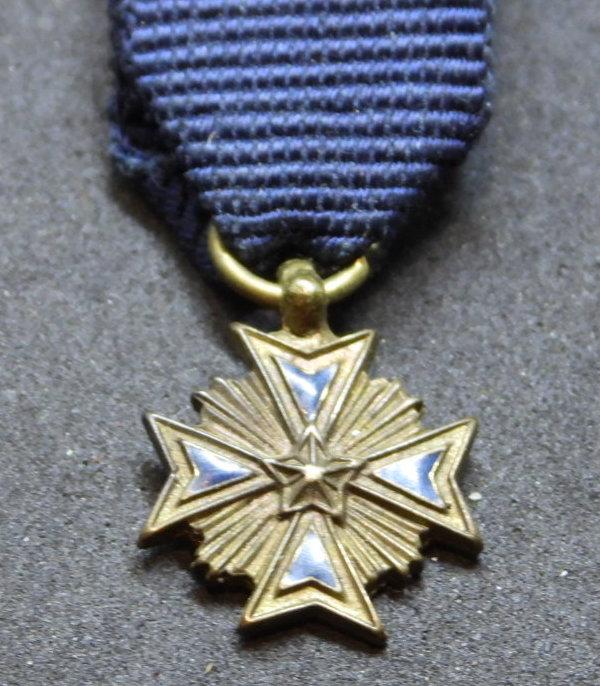 Miniature médaille/croix Dscn8210