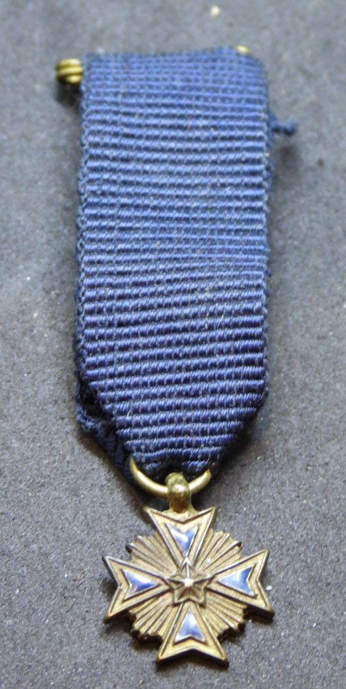 Miniature médaille/croix Dscn8211