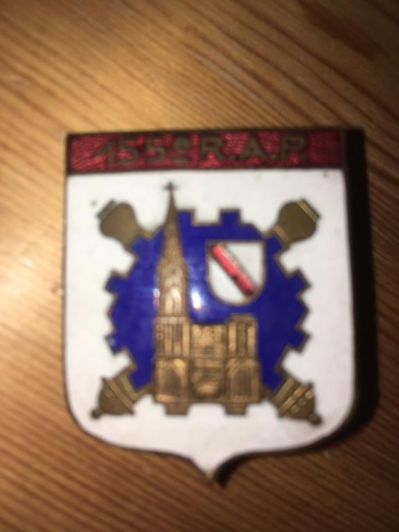 Une rareté en insigne régimentaire: 155° R.A.P. Img_5120